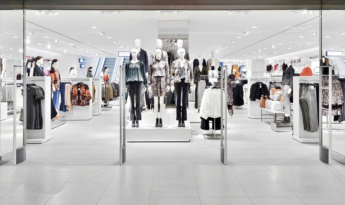 A sleek, women's retail store is protected from theft with 4 loss-prevention EAS systems.